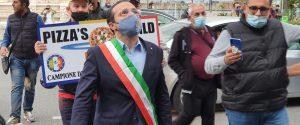 Covid, protesta dei commercianti a Messina: presente anche il sindaco