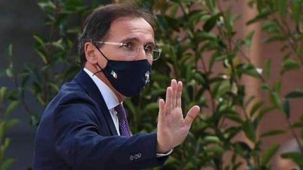 coronavirus, Francesco Boccia, Mario La Rocca, Ruggero Razza, Sicilia, Politica