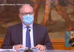 Gualtieri: «Da manovra e decreti nel 2021 70mld per la ripresa» Il ministro dell'Economia illustra i contenuti della manovra - Ansa