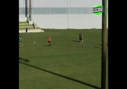 Portogallo, segna la punizione da 30 metri Un gol così mostra tutta la qualità di Mariana Campino - Dalla Rete