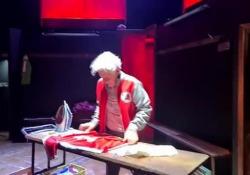 Red Lion, la passione per il calcio diventa teatro La commedia di Marber ambientata a Napoli, con Andrea Renzi e Nello Mascia - Antonio Castaldo