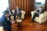 Rifiuti nel Siracusano, tre sindaci incontrano il presidente Musumeci: le proposte
