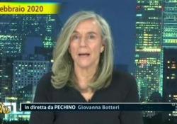 «Striscia» ironizza sui capelli di Giovanna Botteri  - Corriere Tv