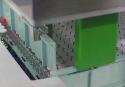 Vaccino Covid Pfizer: i primi flaconi escono dalla linea di produzione «È stato fantastico vedere la prima fiala uscire dalla linea di produzione» - CorriereTV