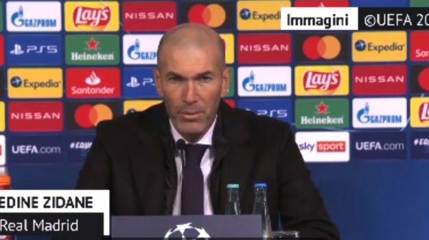 Zinedine Zidane, Sicilia, Calcio