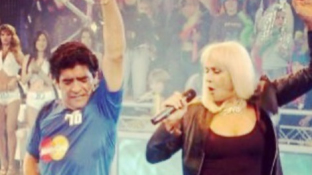 morto Maradona, Diego Armando Maradona, Raffaella Carrà, Sicilia, Cultura