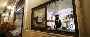 Negozi chiusi la domenica in Sicilia, ma consentito l'asporto in bar e ristoranti: ecco la circolare