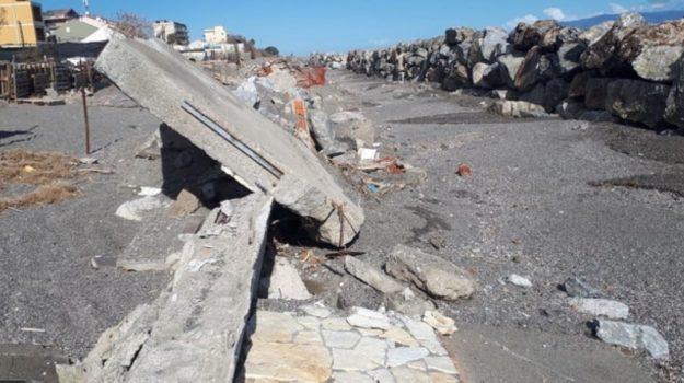 Erosione Costiera, Messina, Economia