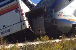 Pullman travolto dal treno a Vittoria, indagato l'autista per disastro ferroviario