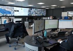 Dentro la smart control room di Venezia Sensori, telecamere, celle 5G, algoritmi: ora  - Corriere Tv