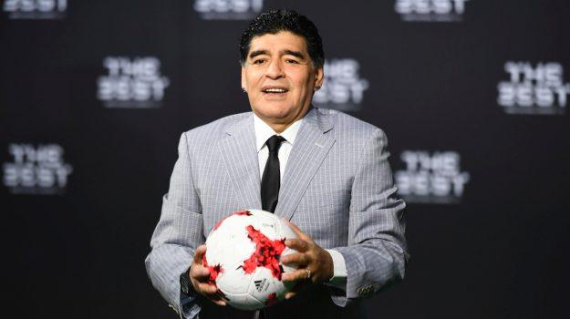 Diego Armando Maradona, Leopoldo Luque, Sicilia, Cronaca