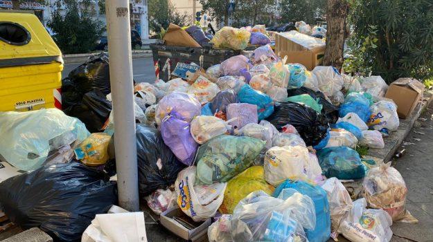 rifiuti, Palermo, Politica