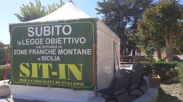 zone franche montane, Sicilia, Politica