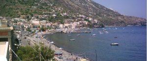 """Isole minori, il sindaco di Lipari: """"Le Eolie sono stremate, siano Covid-free"""""""