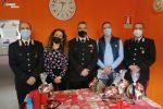 """Priolo Gargallo, i carabinieri consegnano regali agli ospiti della """"Casa dei bambini"""""""