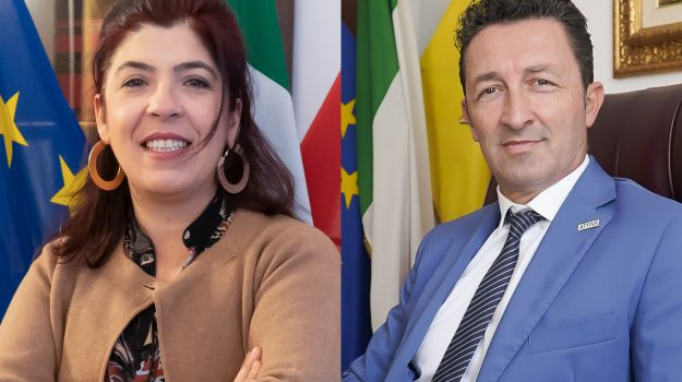 attiva sicilia, Sicilia, Politica