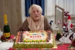 Enna, zia Maria festeggia 100 anni dopo essere guarita dal Covid