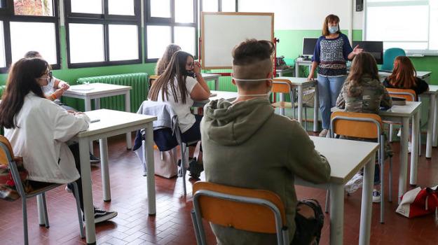 scuola, Agrigento, Economia
