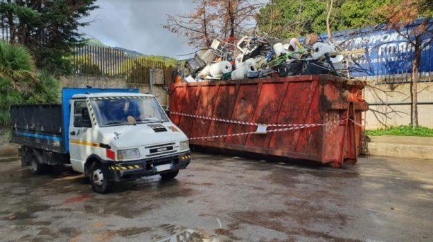 ambiente, rifiuti, Palermo, Cronaca