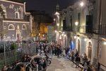 Un assembramento verificatosi a Catania a piazza Currò