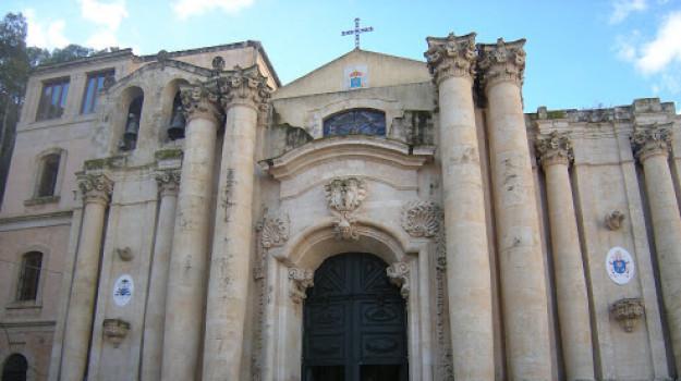 Modica, tornano alla Basilica delle Grazie le due tele del Settecento sparite