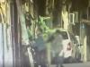Catania, spacciava la droga col bimbo in braccio: il video che incastra la moglie del capobanda