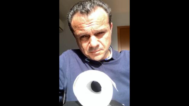Cateno De Luca, Nello Musumeci, Messina, Politica