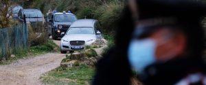 Il feretro lascia il luogo in cui e' stato trovato il corpo senza vita di RobertaSiragusa