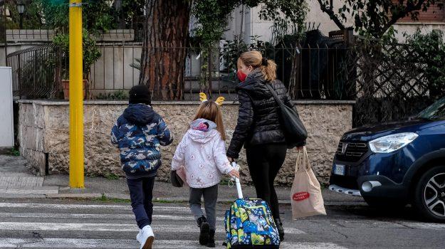 coronavirus, Dpcm, scuola, Giuseppe Conte, Nello Musumeci, Sicilia, Cronaca