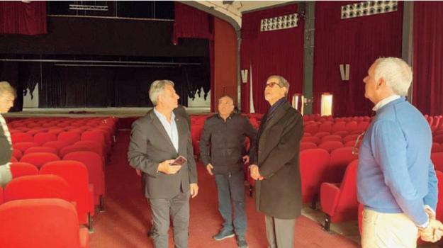 teatro marrone, Trapani, Cultura