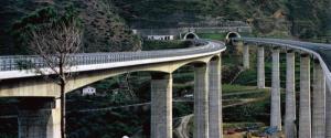 Autostrade, via all'ispezione di ponti e viadotti della Messina-Palermo e Messina-Catania