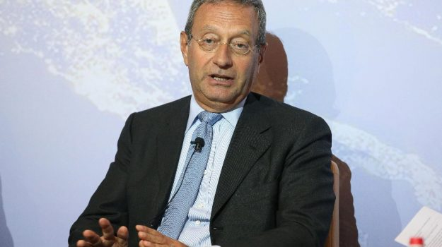 suicidio, Antonio Catricalà, Sicilia, Politica