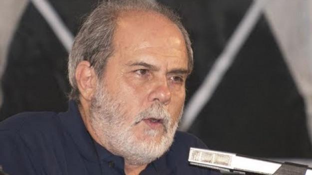 Lutto, Franco Cassano, Sicilia, Politica