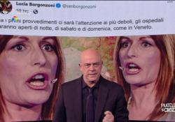 """Crozza: «I sottosegretari? Draghi è passato dal 'Whatever it takes' al 'Ndo cojo cojo'» Il monologo del comico nel programma """"Fratelli di Crozza"""" in onda su Nove - Corriere Tv"""
