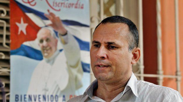 Jose Daniel Ferrer, Sicilia, Mondo