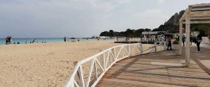 La spiaggia di Mondello vietata l'1 e 2 maggio