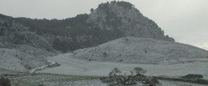 Meteo, nel fine settimana pioggia e neve sui rilievi in Sicilia: torna l'obbligo delle catene a bordo