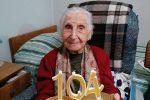 Bronte celebra nonna Fioretta, brindisi virtuale per i suoi 104 anni