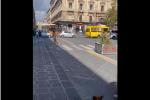 Un frame da uno dei video che circolano sui social