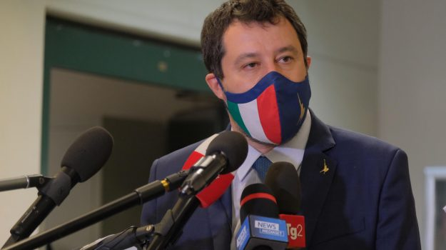 migranti, Open Arms, Matteo Salvini, Sicilia, Politica