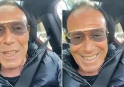 Antonello Venditti: «Ho fatto AstraZeneca, un vaccino proletario» Il cantautore che ha 72 anni ha postato il video sui social dichiarando di essersi sottoposto alla prima dose di vaccino - Corriere Tv
