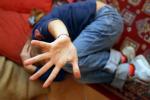 Una immagine simbolica della violenza sui minori