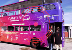 CampBus, tutti i numeri e i protagonisti dell'edizione 2020 Il racconto per immagini del nostro viaggio all'interno di quattro scuole di Milano per portare spunti di didattica digitale - Corriere Tv