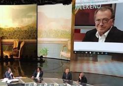 Fabio Fazio apprende in diretta della morte di Enrico Vaime: «Uno dei più grandi autori del varietà italiano» Il ricordo commosso del conduttore di