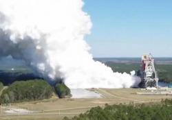 Nasa, lo spettacolare test sui motori del razzo più potente del mondo L'SLS sarà centrale nella missione per il ritorno dell'uomo sulla Luna entro il 2024 - Ansa