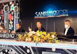 Sanremo, Amadeus sugli ascolti: «Il 42% è una gioia in un momento in cui il paese sembra in guerra» Il direttore artistico parla di un successo per