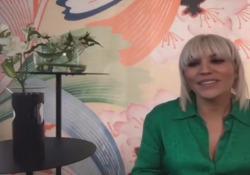 Sanremo, il giorno di Malika Ayane: «Cercherò di essere favolosa» Stasera sul palco dell'Ariston dopo essere finita al pronto soccorso per i graffi del suo gatto - Corriere TV
