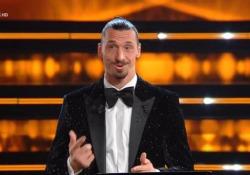 Sanremo, il monologo 'umile' di Ibra: «Se sbaglio io puoi sbagliare anche tu. L'importante è fare la differenza ogni giorno» Seconda apparizione del campione del Milan durante la finale del Festival - Ansa