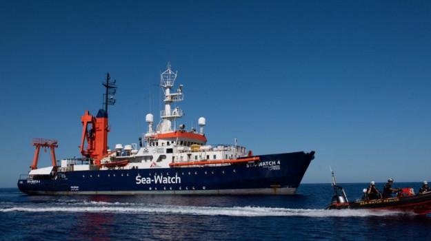 migranti, Sea Watch, Palermo, Cronaca