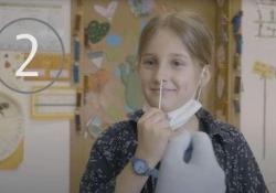 Tamponi rapidi nelle scuole dell'Alto Adige: il progetto pilota a livello nazionale La prima fase coinvolge 18 scuole elementari con circa 1800-2000 bambini, giovedì e venerdì. La partecipazione è volontaria e i test sono gratis - CorriereTV